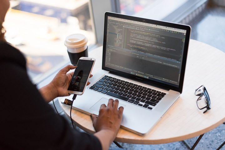 Header - Individualsoftware – Vier entscheidende Vorteile